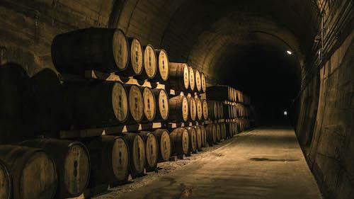 戸河内ウイスキー トンネル 樽