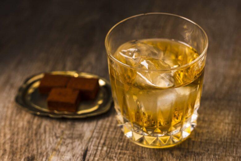 ウイスキー ロック